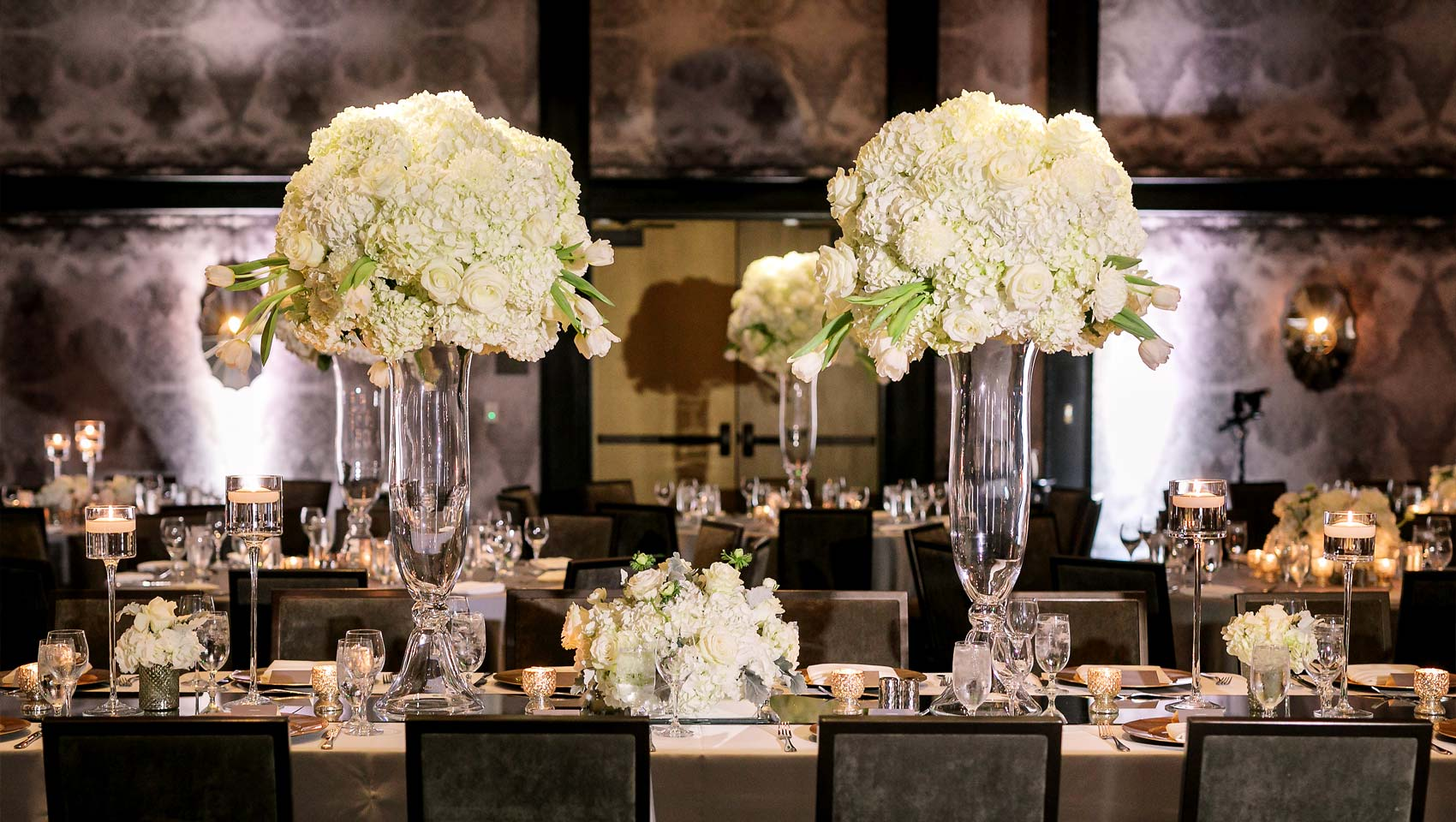 Kimpton Hotel Van Zandt Wedding Tables
