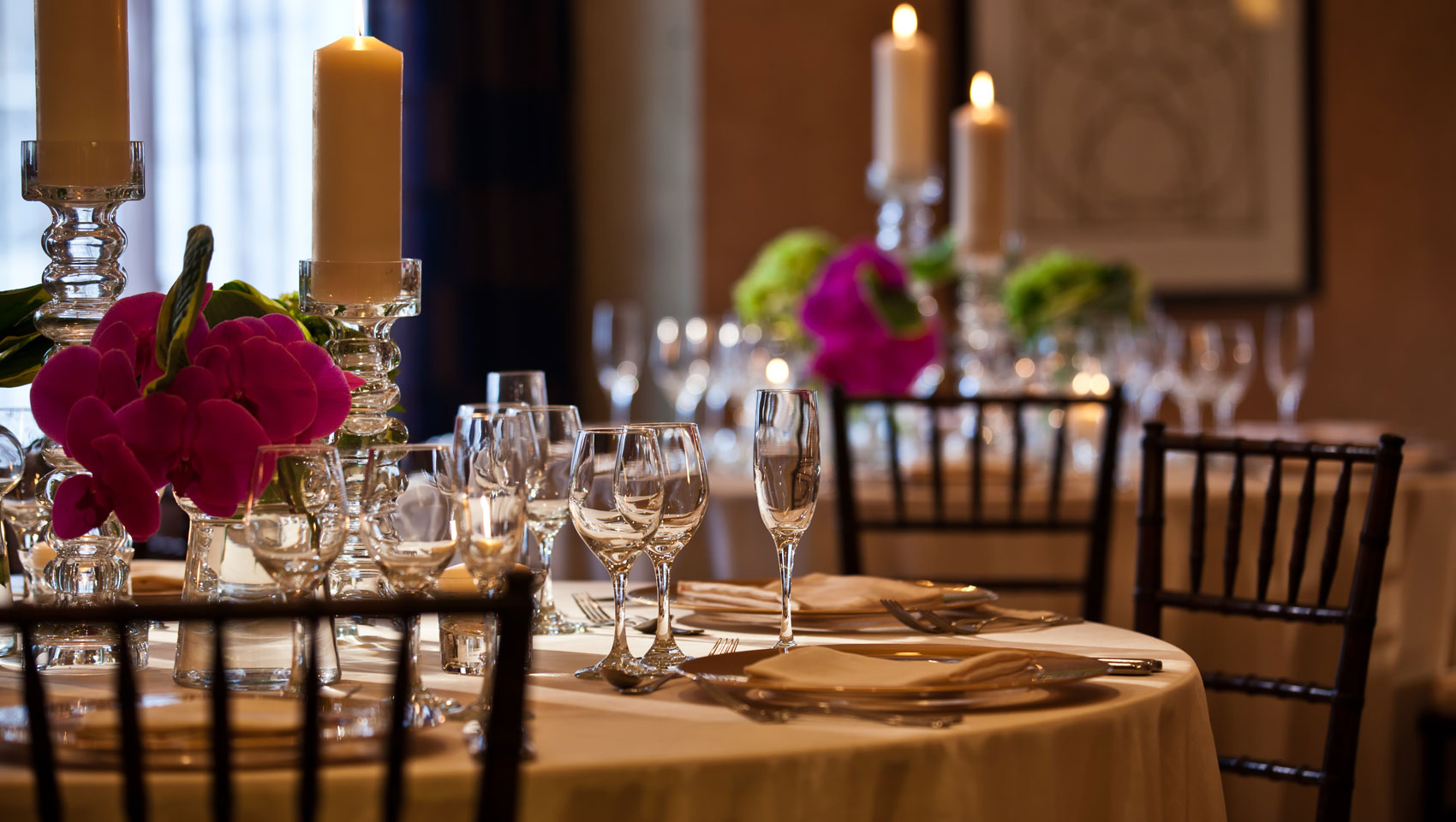 private dining tablescape